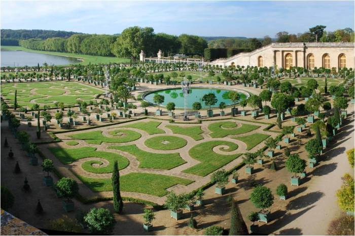 Chateau –de-Versailles ,shady and clearer spaces, [7]